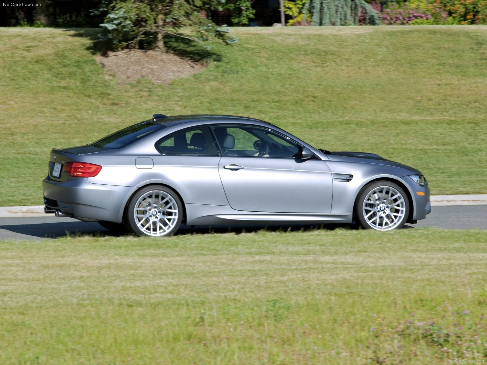 BMW M3 Coupe 2011
