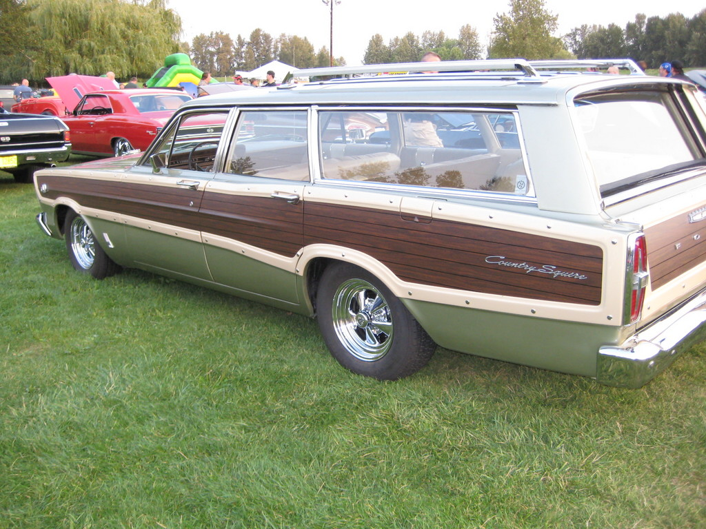 Ford Country Squire Wagon 1966