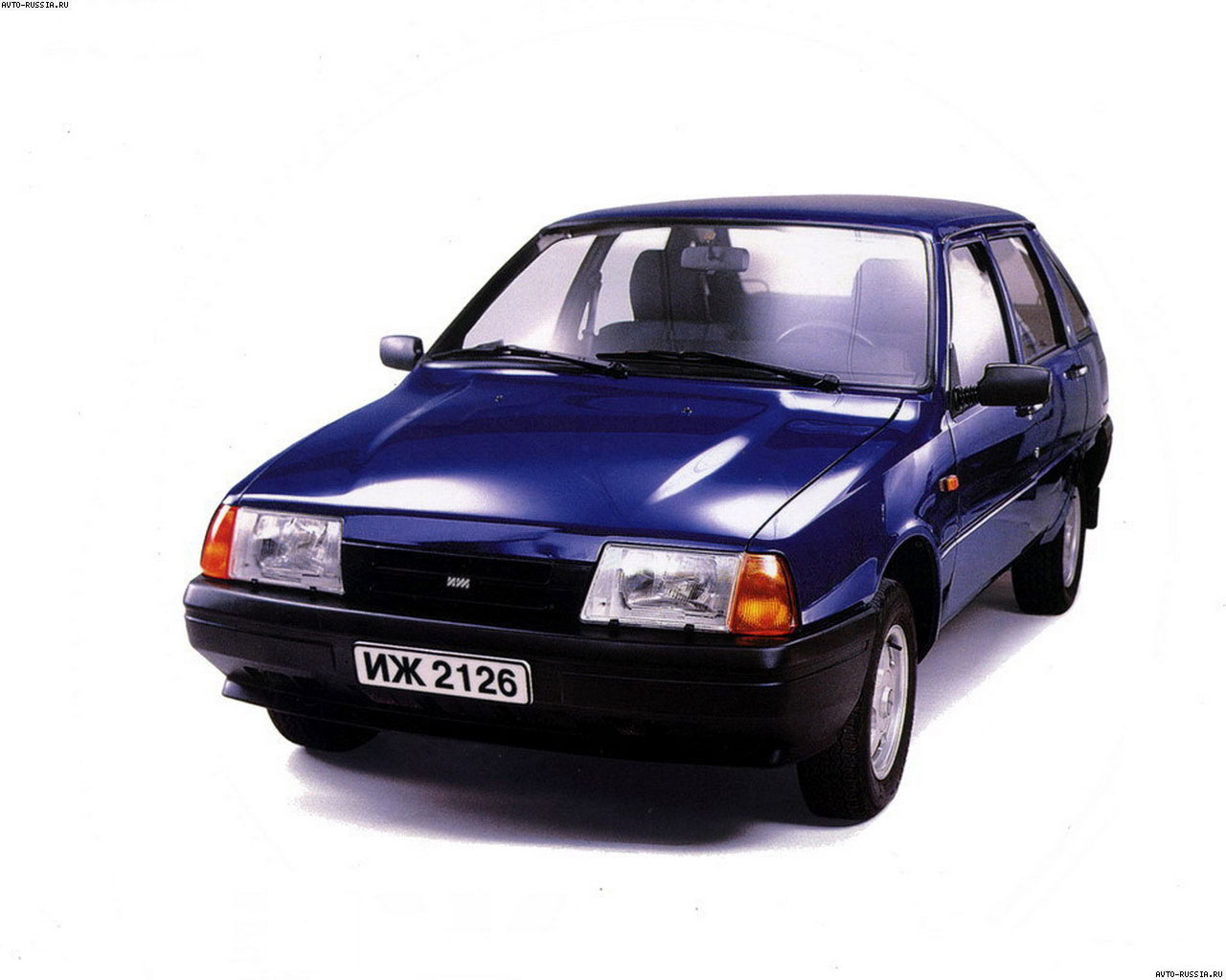 ... IZH 2126 Oda 5 Door Hatchback 1992 ...