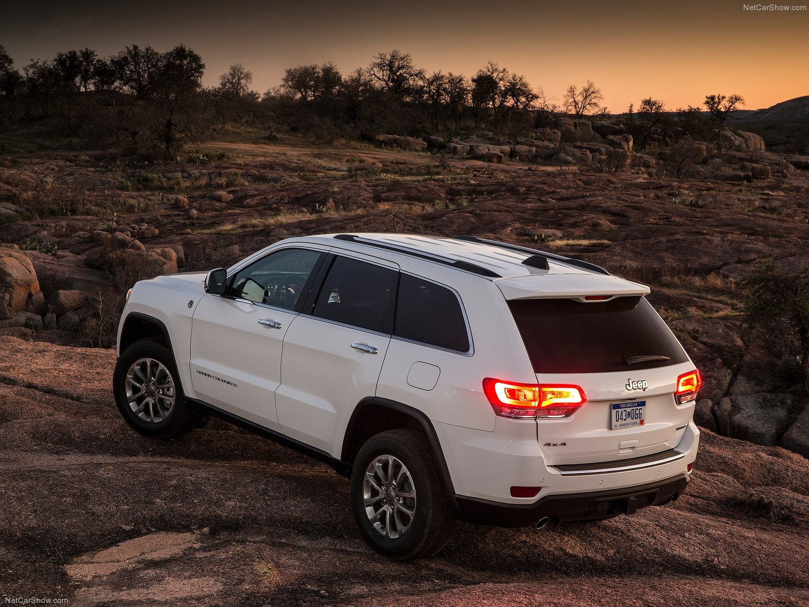 Jeep Grand Cherokee SUV 2014
