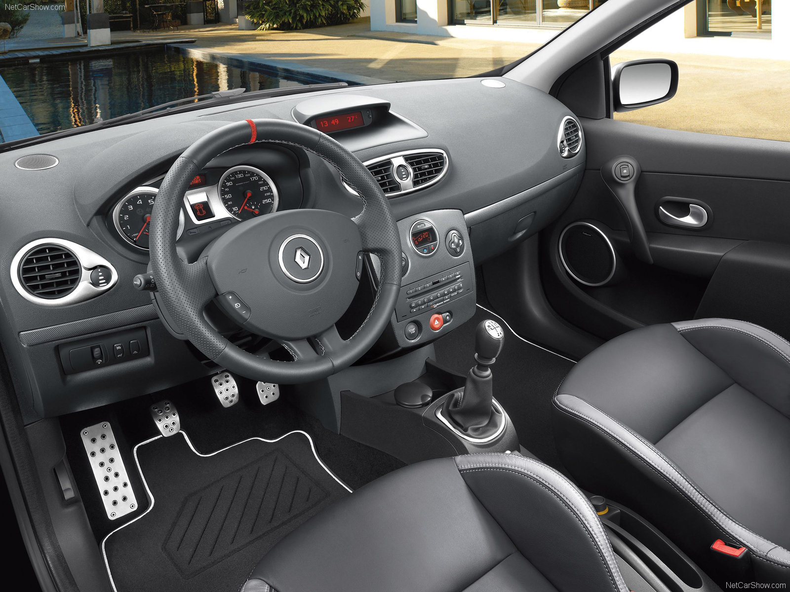 My perfect Renault Clio. 3DTuning - probably the best car configurator!