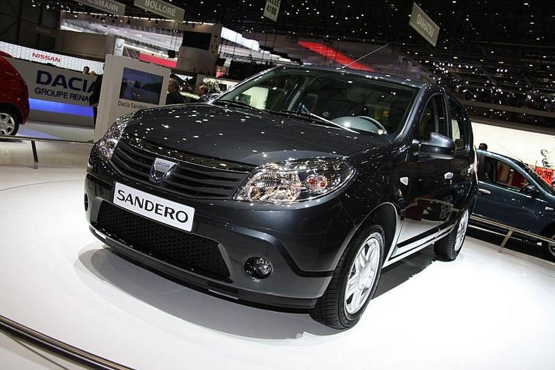 3dtuning of renault sandero 5 door hatchback 2011 unique on line car configurator. Black Bedroom Furniture Sets. Home Design Ideas